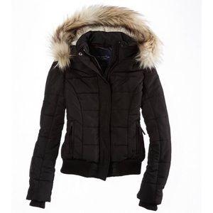 NWT AEO Black Weekend Puffer Fur Trim Jacket